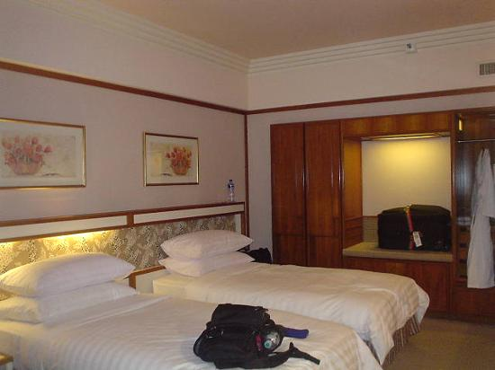 Pan Pacific Singapore: Pan Pacific Hotel Sg: Double beds and nice fluffy pillows