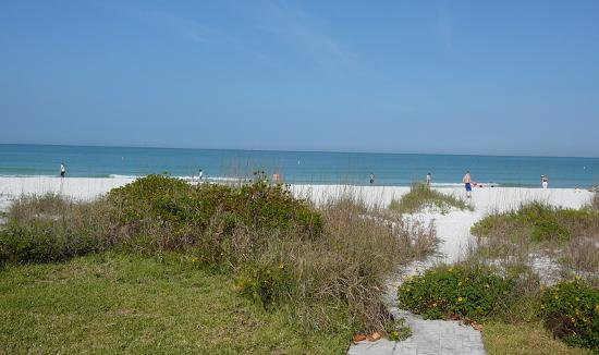 Gulfside Resorts: The path to the beach.