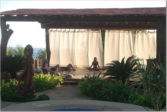 Present Moment Retreat: yoga class