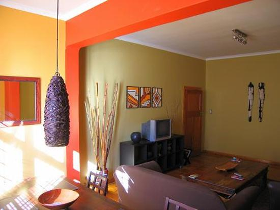 Bantry Bay Guesthouse: tv and Internet room
