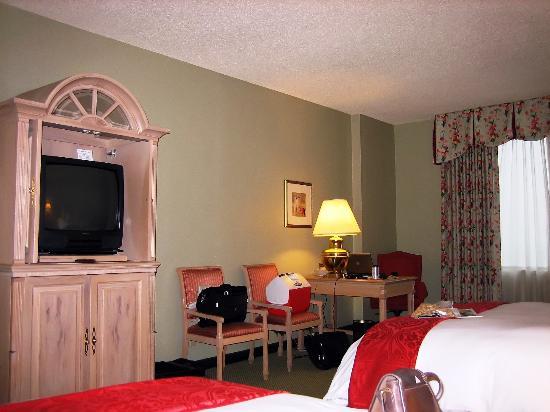 Renaissance Dallas Hotel - Picture of Renaissance Dallas Hotel ...
