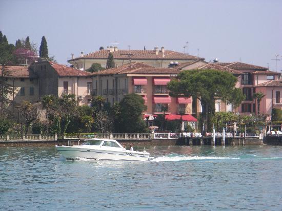 Das Hotel von der Seeseite