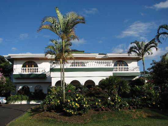 Hotel Buena Vista: Front of the hotel