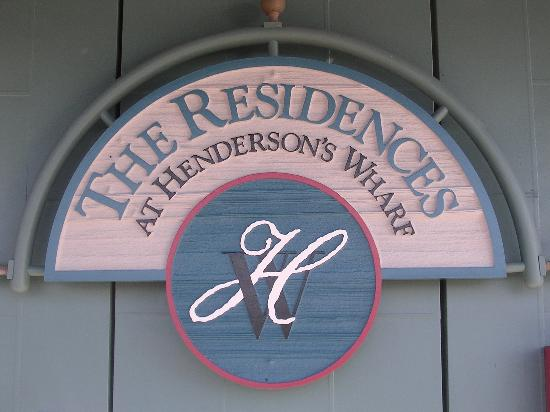 Inn at Henderson's Wharf: hotel sign