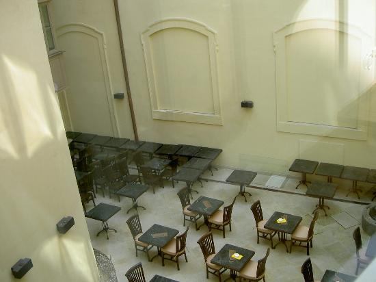 Savic Hotel: Inner Courtyard 2