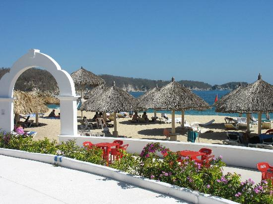 Hotel Castillo Huatulco And Beach Club