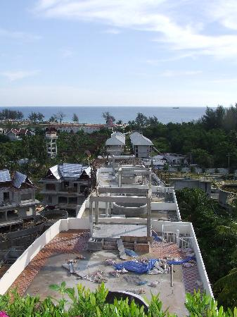 Pacific Club Resort: view towards the sea