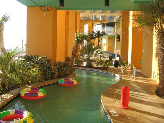 Splash Resort Condominiums: Lazy River