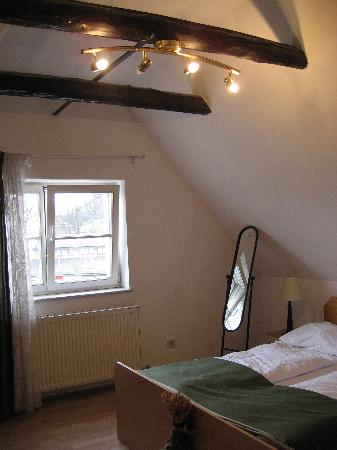 Pension Zur Steirerstub'n: The quaint, top-floor room