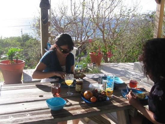 Virgin Islands Campground : breakfast