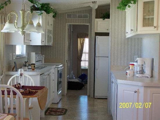 Caliente Club & Resorts: The kitchen