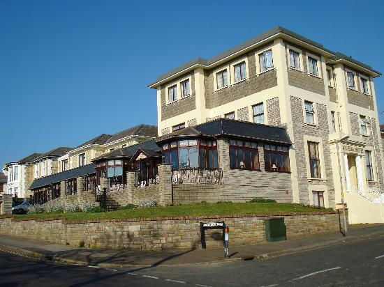 Wight Bay Hotel Riviera 1