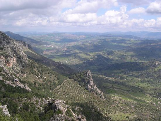 La Mejorana: Stunning scenery north of Grazalema