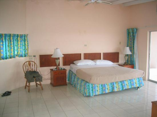 Tropikist Beach Hotel & Resort: Our superior room