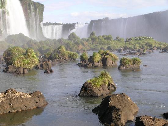Iguazu Falls: more falls