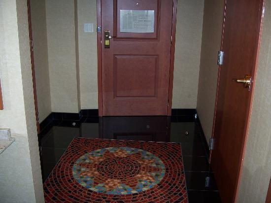 Seneca Niagara Casino : When you walk in the door, the floor is beautiful!