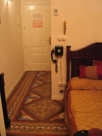 Hostal L' Antic Espai: Room 106