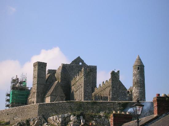 Shimba Lodge : The Rock of Cashel