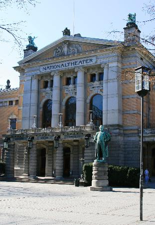 ‪National Theater (Nationaltheatret)‬