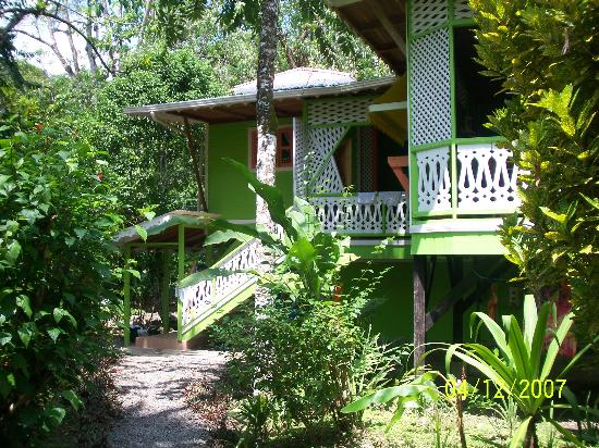 Aguas Claras Beach Cottages: our lime cottage