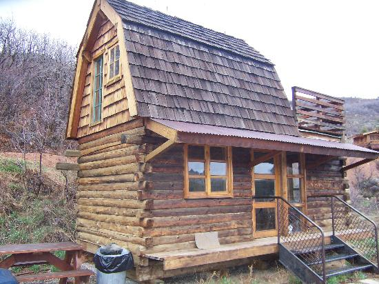 Beautiful setting picture of strawberry park natural hot for Cabins in steamboat springs
