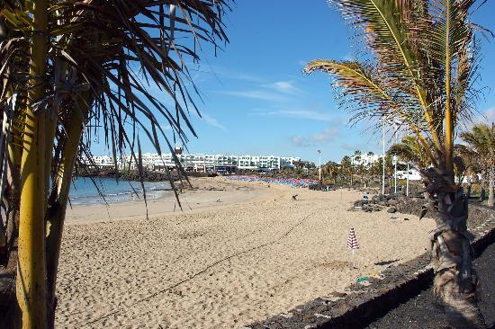 H10 Suites Lanzarote Gardens: A sunny Teguise Beach