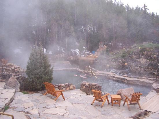 Strawberry Park Natural Hot Springs: Large soaking pool