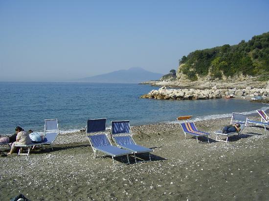 BEST WESTERN Hotel La Solara: Puolo beach, 0.5km from La Solara