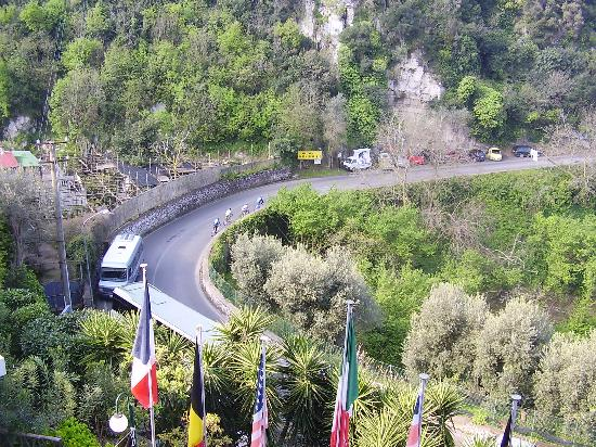 BEST WESTERN Hotel La Solara: view from balcony to road