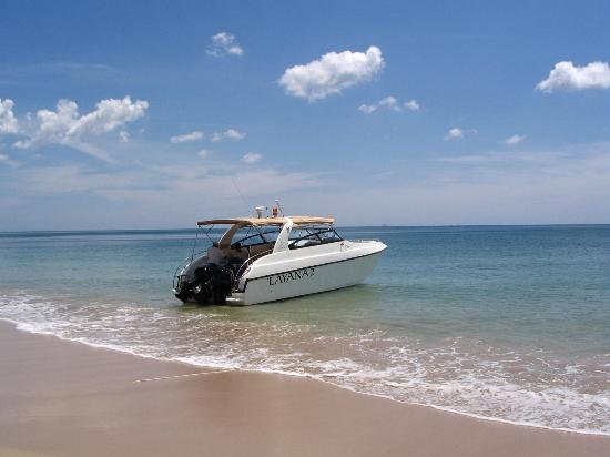 Layana Resort and Spa: Layana speedboat