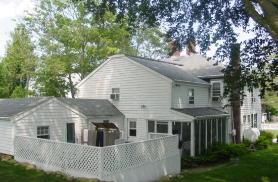 The 1720 House: 1720 House