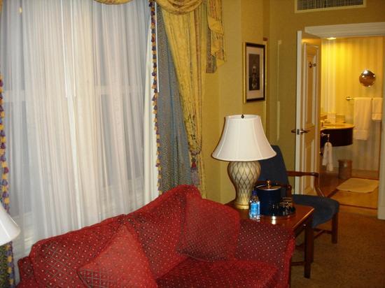 Lenox Hotel Photo