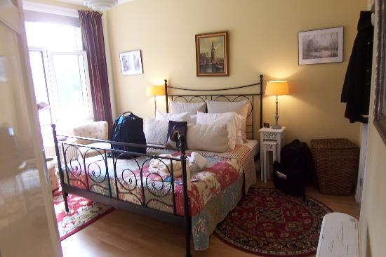 Boogaard's Bed and Breakfast: Boxer Room at Sophia's