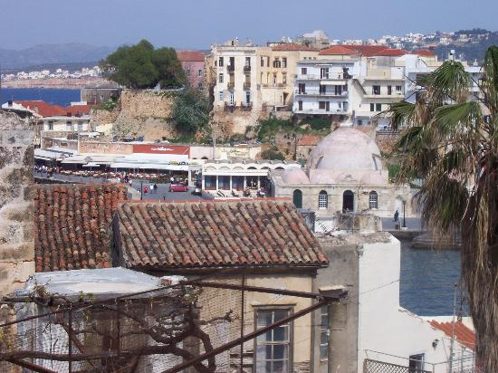 Pension Eva: View of Chania Old Town from roof terrace