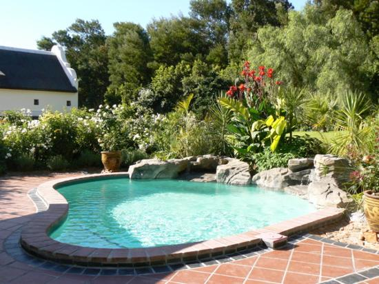 La Providence Farm: The Cottage Pool area