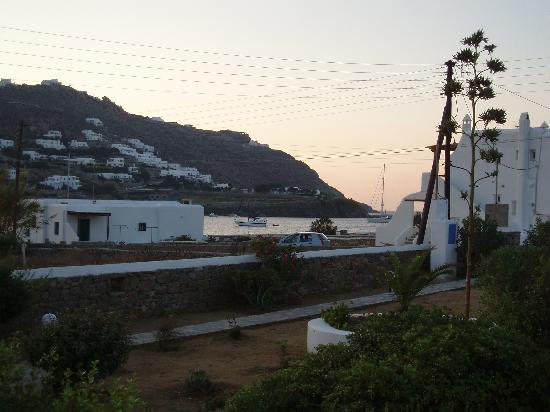 Ornos, Greece: vista dalla stanza al mattino