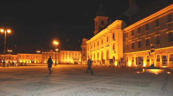 Sibiu, Romania: Sibui_town centre at night