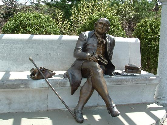 George Mason Memorial: Seated Statue of George Mason