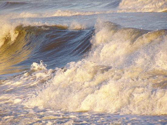Beach Haven, NJ: Big Waves