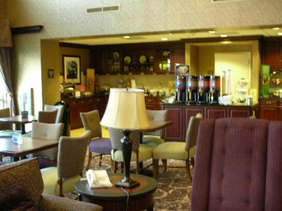 Hampton Inn & Suites Sacramento-Airport-Natomas: Breakfast Area