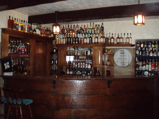 Lochgair Hotel: Whisky Bar