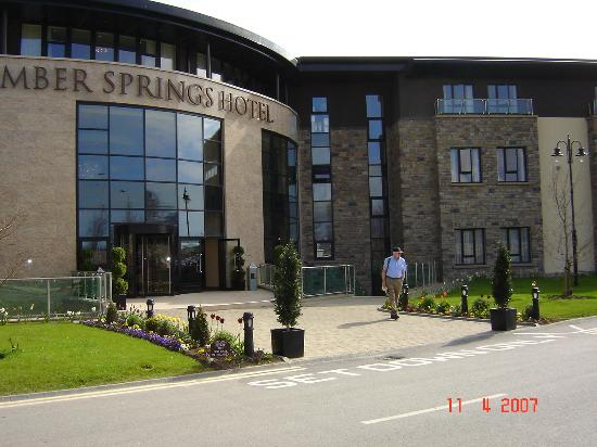 Amber Springs Hotel and Health Spa: Front of Amber Springs Gorey