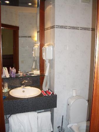 Hotel Hamiot : Bathroom