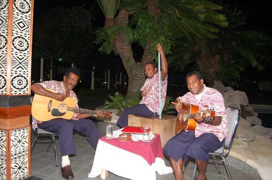 Fiji Gateway Hotel: The Band