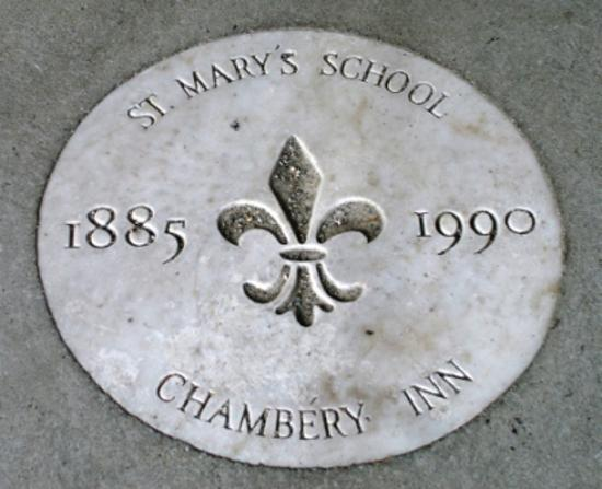 Chambery Inn doorstep