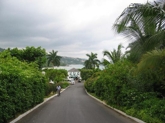 Round Hill Hotel & Villas: Welcome to Round Hill
