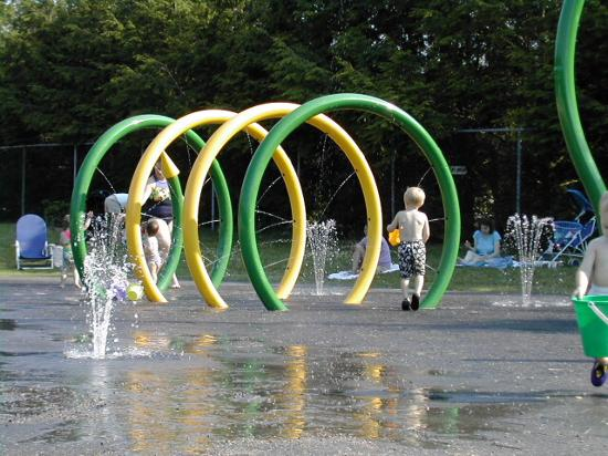 Lake Mohegan Sprinkler Park - Fairfield, CT