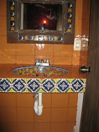 Posada Aguila Real: Bathroom