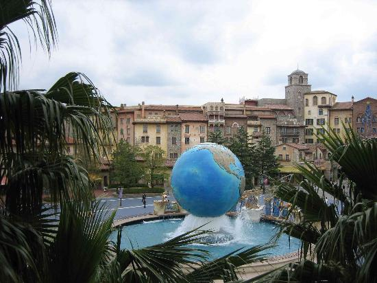 Tokyo DisneySea Hotel MiraCosta : View of the main park entry which actually goes through the MiraCosta Hotel.