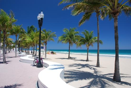 Cocobelle Resort: Fort Lauderdale beach and beach walk